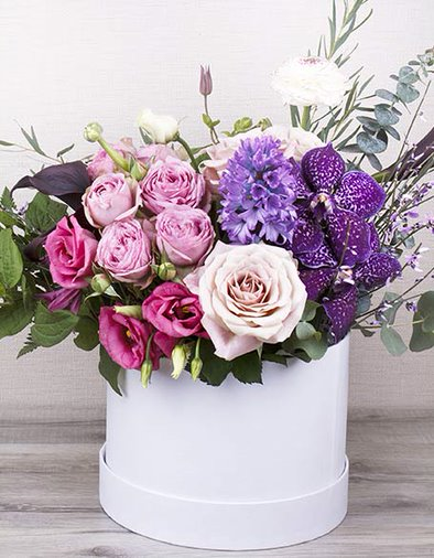 Flowers of the Month Club Gift Baskets
