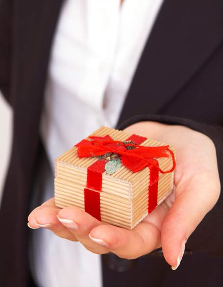 Gifts to be Sent by Real Estate Agents
