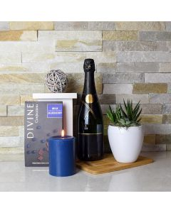 Chocolate & Blueberries Champagne Gift Basket
