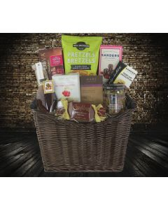 The Sweet Snacking Gift Basket
