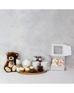 BABY CUDDLES & GOODIES GIFT SET