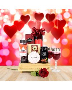 Deluxe Grand Piano Gift Basket with Wine