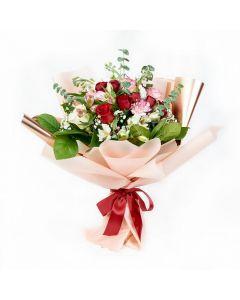 Elegant Mixed Rose Bouquet