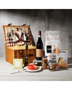 The Napa Valley Picnic Basket with Wine, wine gift baskets, gourmet gifts, gifts