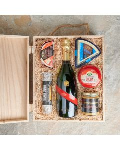 The Rosemere Snack Basket, Champagne Gift Baskets, Champagne Gift Crates, Gourmet Gift Baskets, Gourmet Gift Crates, Cheese Gift Baskets, USA Delivery